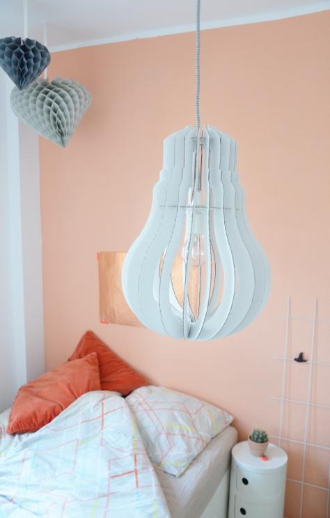 eine wand in der farbe von pfirsich sorbet annablogie. Black Bedroom Furniture Sets. Home Design Ideas