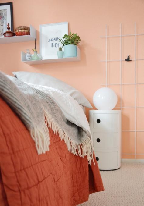 Schlafzimmer mit Kartell Nachttische annablogie