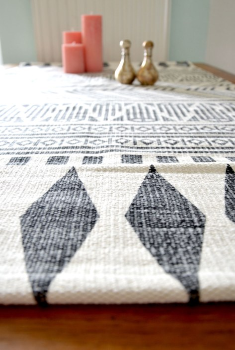 Tisch-Teppich von Human Empire-annablogie