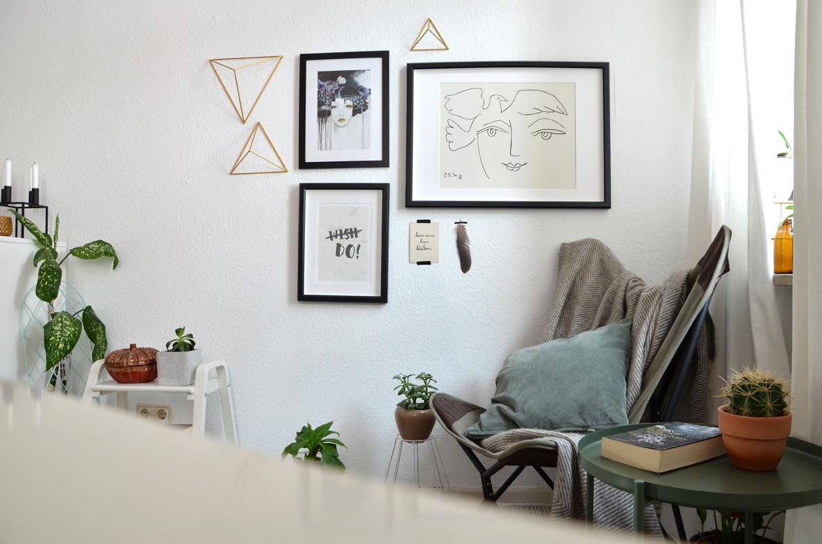 Mein Schlafzimmer Ist Asymmetrisch Geschnitten, Was Das Fotografieren  Ziemlich Erschwert. Das Soll Hier Also Nicht Weiter Stören. Denkt Sie Euch  Einfach ...