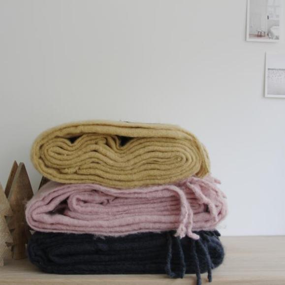 linum-hugo-throw-plaid-annablogie-2