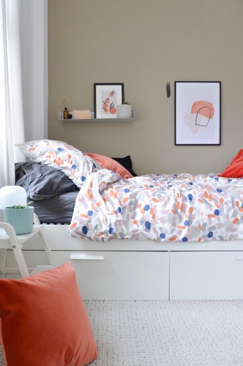 Schlafzimmer: Wohnen in Weiß, Beige und Grau